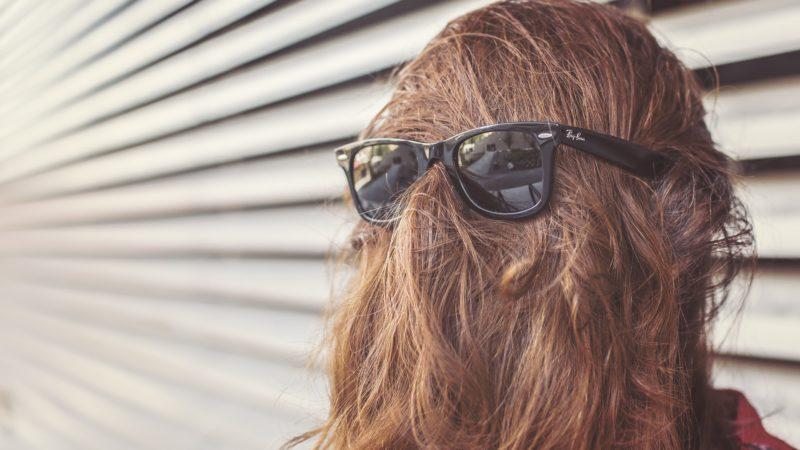 Lenti polarizzate occhiali da sole: cosa sono e come funzionano